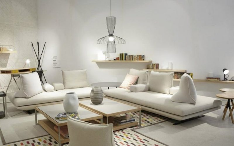 Divani in pelle divano letto molteni divani vitale for Arredamenti benevento