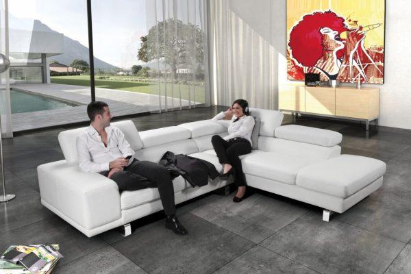 Divani in pelle con chaise longue bianco
